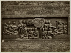 KITLV 28057 - Kassian Céphas - Relief of the hidden base of Borobudur - 1890-1891.tif