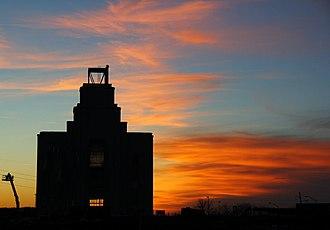 Kansas City Missouri Temple - Image: Kansas City Missouri Temple 2