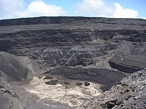Mount Karthala - Karthala volcano crater in November 2006