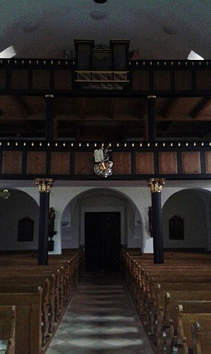 Katholische Pfarrkirche Neukirchen bei Altmünster Orgelempore.jpg