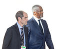 Kofi Annan and Paul Rios.jpg