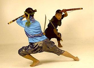 Krabi–krabong - Krabi-krabong practitioners with Daab swords
