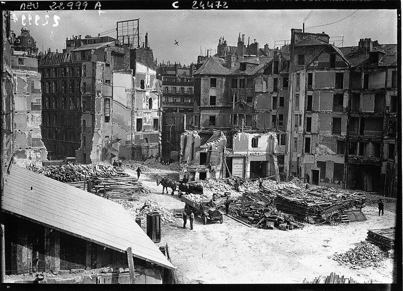 File:L'achèvement du boulevard Haussmann à Paris, 1925, agence Meurisse.jpg