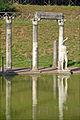 La colonnade du Canope (Villa Adriana, Tivoli) (5888638073).jpg