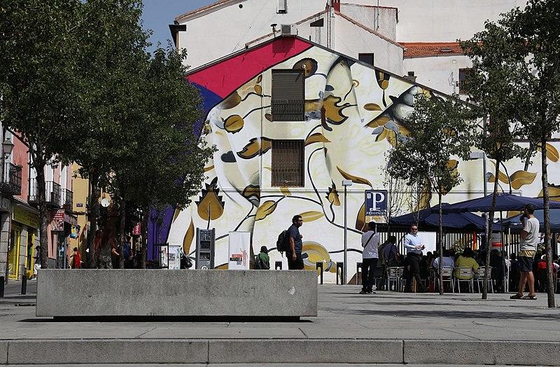 File la flor favorita de mandela invade una pared en for Nelson paredes wikipedia