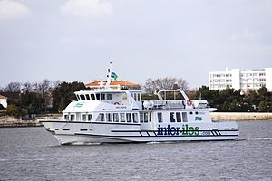 La vedette à passagers Mélusine (1).JPG