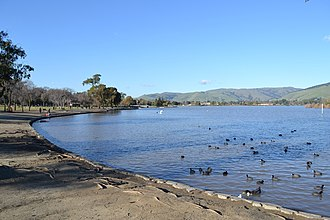 Lake Elizabeth (Fremont, California) - Another view of the lake