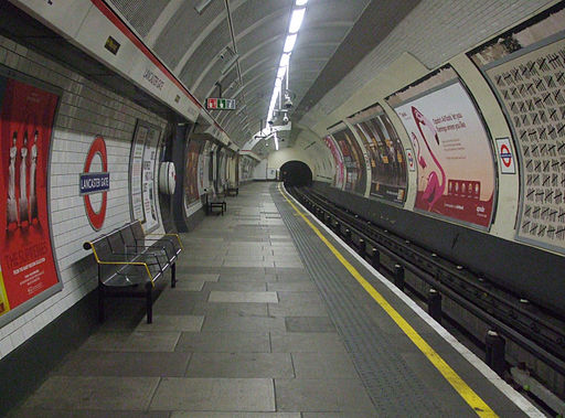 Lancaster Gate stn westbound look east