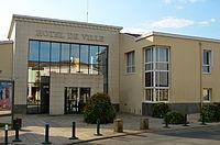 Le Loroux-Bottereau - Hôtel de Ville.jpg