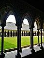 Le Mont-Saint-Michel Abbaye de Mont-Saint-Michel Cloître 15.jpg