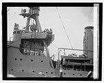 Lindbergh arriving at Navy Yd., 6-11-27 LCCN2016843110.jpg