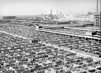 Labor rights in American meatpacking industry - Chicago's meatpacking district: the Union Stock Yards in 1947