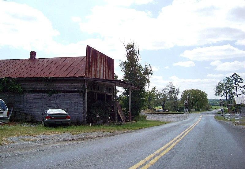File:Long Island, Virginia - panoramio.jpg