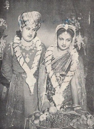 M. G. Ramachandran - MGR with his wife V.N Janaki in a film