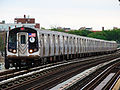 MTA NYC Subway F train arriving at Avenue P.JPG