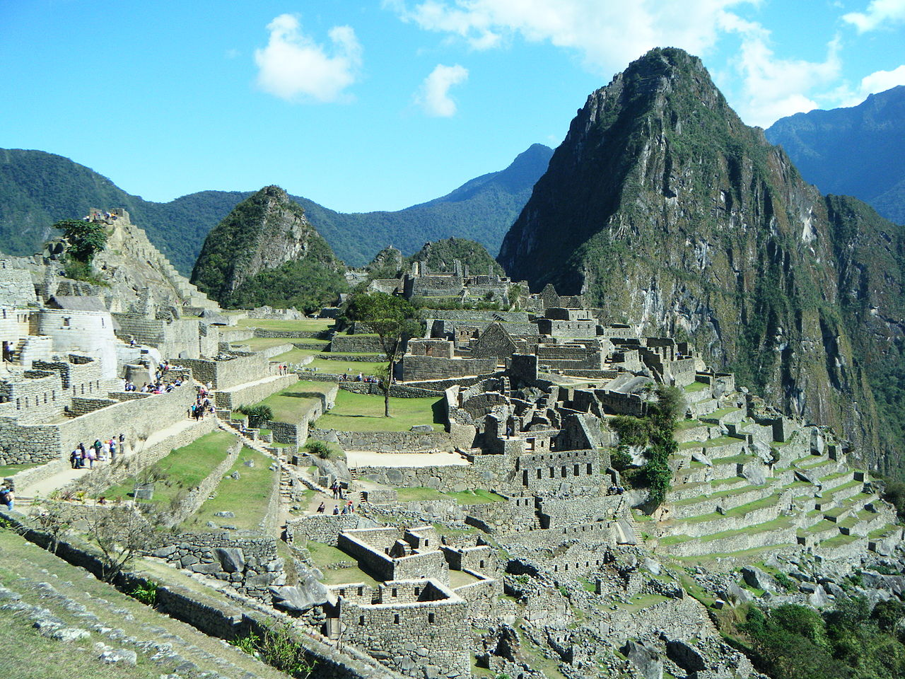 the history and description of machu picchu The steep path roughly follows hiram bingham's 1911 route and offers  extraordinary views of the machu picchu historical sanctuary, which.