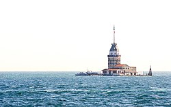 Kız kulesi (Maiden's Tower), off the coast of Üsküdar
