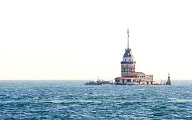 Kız kulesi (Maiden's Tower), off the coast of Üsküdar (Europe is background)