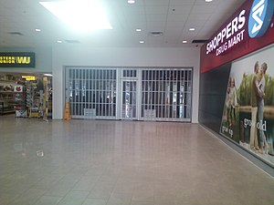 Westwood Square Mall - Image: Mall space