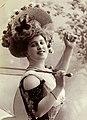 Marguerite Brésil, btv1b8596914s-p011, 4 (cropped).jpg