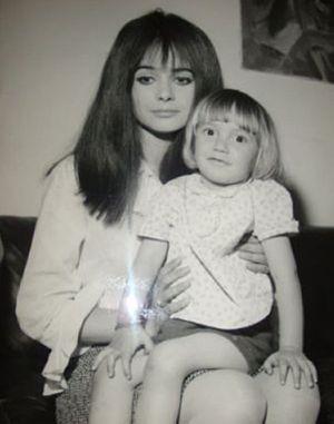 Marisa Solinas - Marisa Solinas with her son David (1967)