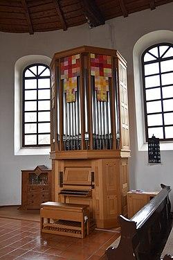 Martin Luther Kirche Eltendorf Interior 03.jpg