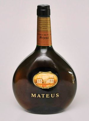 Mateus (wine) - A bottle of Mateus (2013)