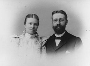 Max Carl Wilhelm Weber - Image: Max and Anna Weber around 1890