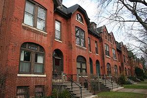 McCormick Row House District - Row Houses on Belden Av