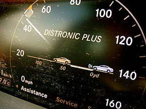 Autonomous cruise control system - Distronic Plus display on Mercedes-Benz S-Class (W221)
