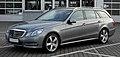 Mercedes-Benz E 350 CDI BlueEFFICIENCY T-Modell Avantgarde (S 212) – Frontansicht, 8. Juni 2011, Velbert.jpg