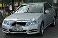 Mercedes E 350 CDI BlueEFFICIENCY Avantgarde (W212) front 20100724.jpg