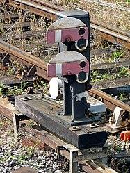 Midland Railway lower-quadrant shunt signals (6159472353).jpg