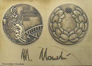 Mieczysław Nowicki - Image: Mieczyslaw Nowicki medal & autograph