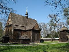 Mogiła Kościół św Bartłomieja.JPG