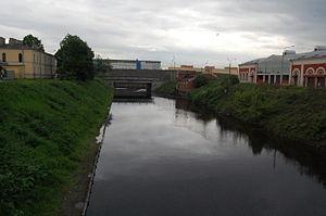 Набережная реки монастырки вид на