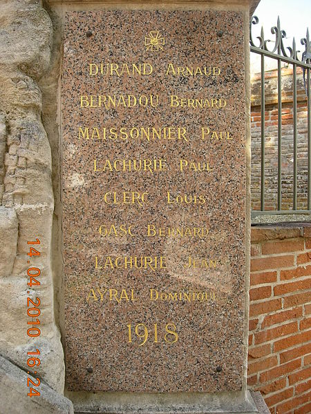 France, Haute-Garonne, Monument aux morts d'Escalquens - Plaque de droite