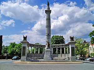 The Jefferson Davis Monument, located at the intersection of Monument Avenue and Davis Avenue in Richmond.
