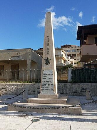 Alcamo Marina - The commemorative monument in memory of the carabinieris Falcetta and Apuzzo at Alcamo Marina (in Via del Mare).