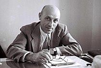 Mordechai Namir 1947.jpg