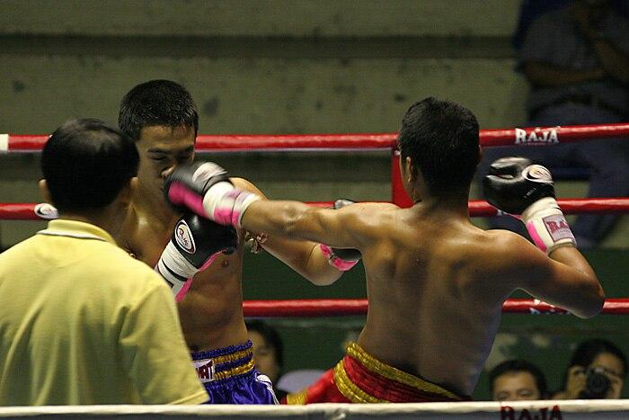 Muay Thai match in Bangkok, Thailand.jpg