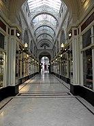 Nantes (44) Passage Pommeraye 66.jpg