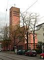 Niederrad katholische Kirche 1.jpg