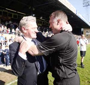Nigel Pearson - Pearson (right) and Milan Mandarić after winning the League One title in 2009