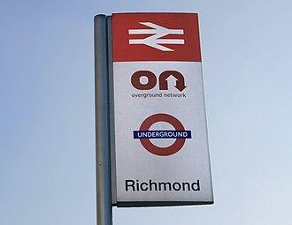 Overground Network - Sign at Richmond