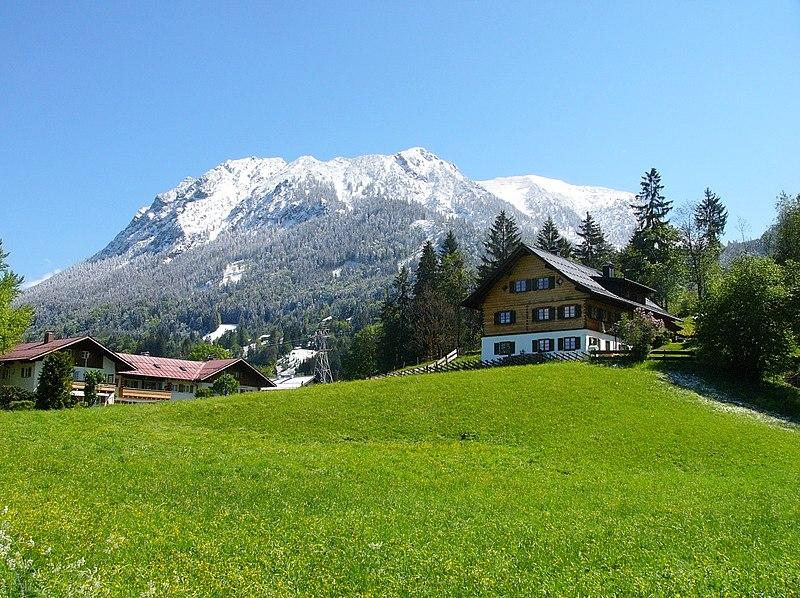 File:Oberstdorf-Haldenweg02.jpg