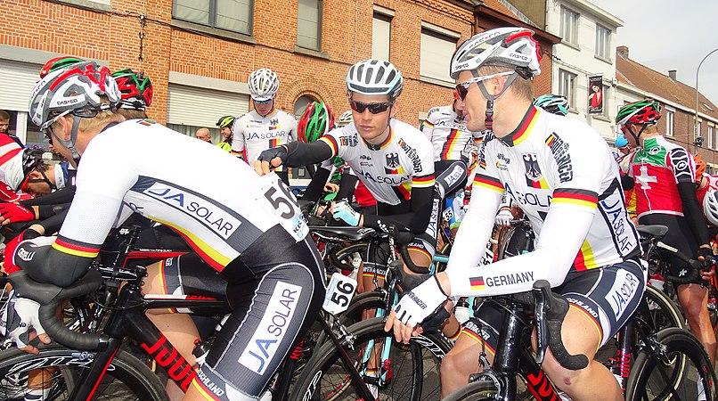 Oudenaarde - Ronde van Vlaanderen Beloften, 11 april 2015 (C22).JPG
