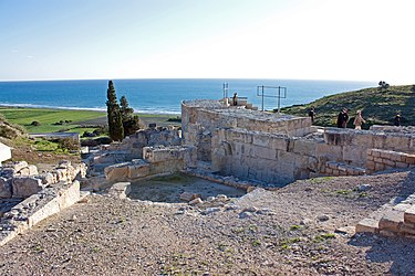 Outside Kourion theatre 2010.jpg