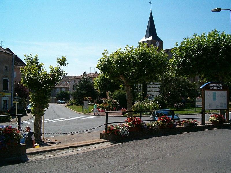 Dompierre-les-Ormes - 2005
