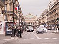 Paris 75001 Avenue de l'Opéra no 3 bus stop 20140406.jpg